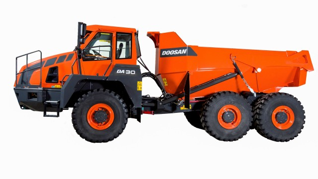 The Doosan DA30-5 articulated dump truck has been updated with a variety of changes to improve performance.