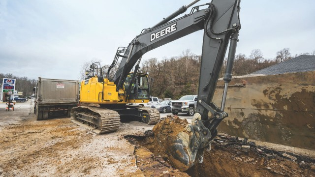 John Deere launches its largest reduced tail swing Excavator