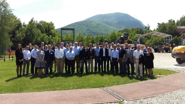 Mecalac hosts North and South American dealers at event focused on market development