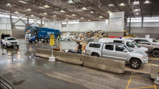 ​King County's Factoria Recycling and Transfer Station earns SWANA 'Gold Excellence Award'