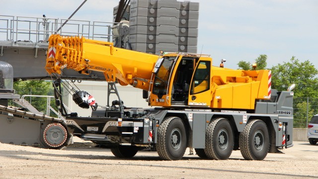 Liebherr remote operated LTC 1050-3.1 mobile crane.