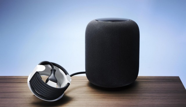 The cord holder for Apple's smart speaker HomePod, which was launched at the beginning of 2018, is a clear example of the trend to replace plastic with paperboard. Ten years ago plastic would have been the obvious choice - but not today.