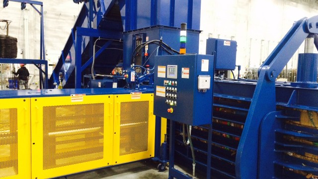 American Baler's latest model horizontal single-ram combines quickness and high force for up to 30 tph capacity