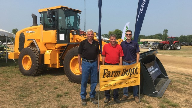Hyundai Construction Equipment adds Farm Depot Ltd. North American distribution network