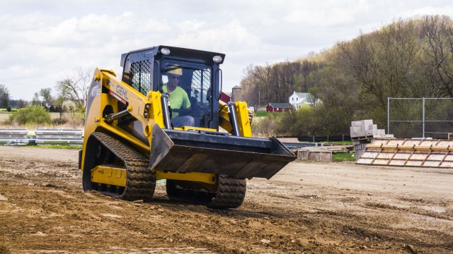 Gehl adds 1,850-pound-capacity machine to the Pilot Series track loader line in North America
