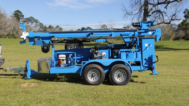 The Lone Star LS400T+ water and geothermal drill rig has received a new high-torque motor.