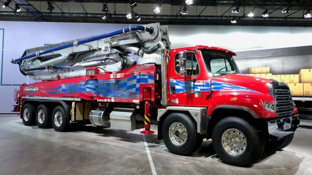 The Freightliner 114SD fitted out as a concrete pumper is on display at IAA Commercial Vehicles 2018.