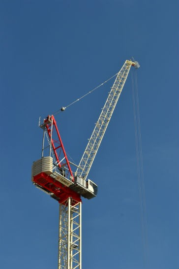 New luffing jib tower crane from Terex adds jib length