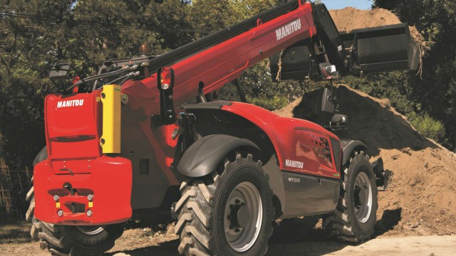 Manitou has fitted two MT 1135 telehandlers with engines from the E-DEUTZ program, one a hybrid and the other fully electric.