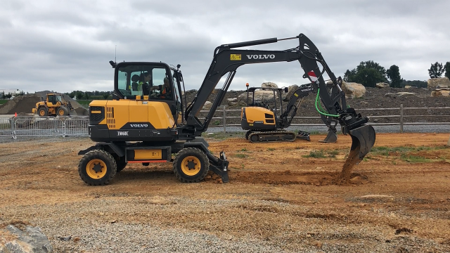 Building Tomorrow: Volvo goes all in on wheeled excavators for North America
