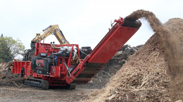 B-66 L-Series Grinder unveiled at Rotochopper Demo Day