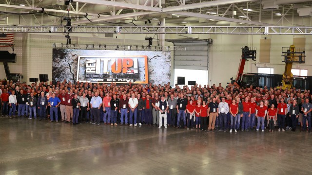Manitou North America unveils new products at annual dealer meeting