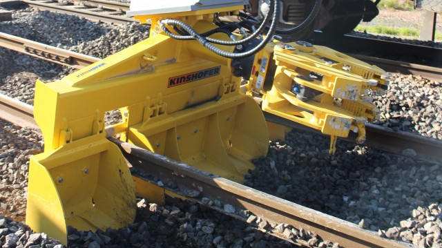 KINSHOFER designed the tie changers to make quick work of railway maintenance as well as short track segment repairs, small track exchanges and placement of secondary tracks.