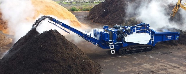 Peterson's 6710D can process large stumps traditionally reserved for tub grinders, and is particularly suited for land clearing operations or other applications where mobility is desired.