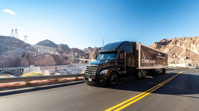 The integrated powertrain features Intelligent Powertrain Management 6, which uses the truck's kinetic energy to automatically adjust to the truck's surroundings by reducing braking power and making transmission and engine adjustments, saving fuel and reducing wear and tear on components.