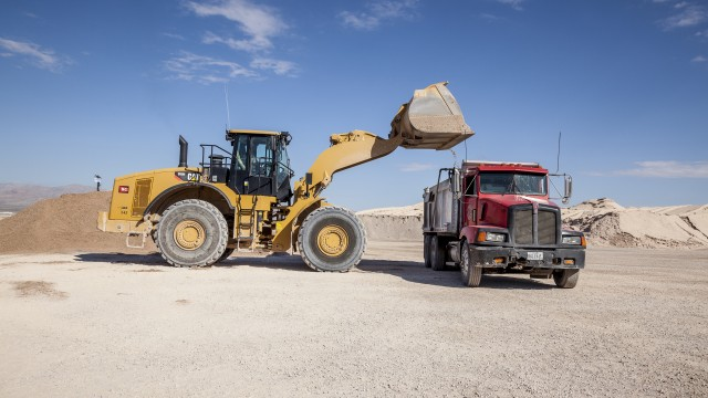 Loader scales combine with communications to improve quarry loadout