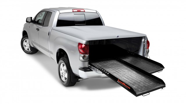 The LoadMaster FE provides 100 percent extension from the bed of the truck with four different locking positions. Available in 1,000 and 2,000 pound weight capacities, the FE system fits multiple bed sizes, including full-size and mid-size short and long beds.