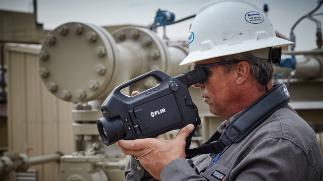 The new GF620 is FLIR's highest resolution OGI camera. Equipped with a 640x480 infrared detector, the camera is calibrated to measure temperature, allowing the user to assess the thermal contrast between the gas and the background scene, and adjust it to improve visibility.