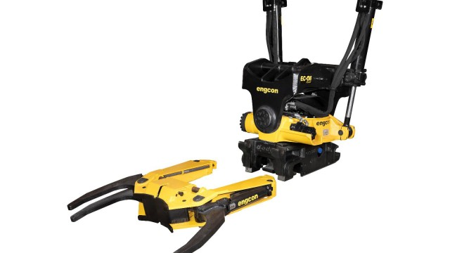 The GRD20 grab cassette for Engcon EC214 and EC219 tiltrotators with the Q-Safe 60 quick hitch was launched first. Then came the GRD10 for the Engcon EC209 tiltrotator and the Q-Safe 45 and Q-Safe 50 quick hitches.